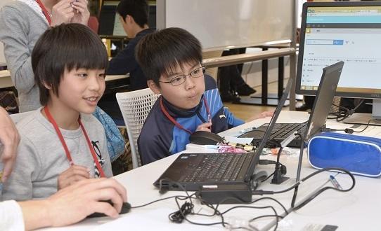 サイボウズの青野社長が考える「子どものIT教育」──必要なのは言語の習得ではなく「問題を考える力」