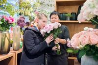 お客さまの要望を「あえて」断る花屋の挑戦、それでもパリの5つ星ホテルの信頼も集められた──フローリスト 谷口敦史さん