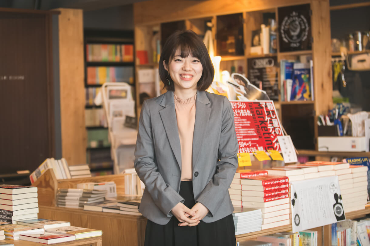 就職先をプライドと世間体で選んでも、残るのは「未来から逃げてる罪悪感」だった──天狼院書店・川代紗生さん