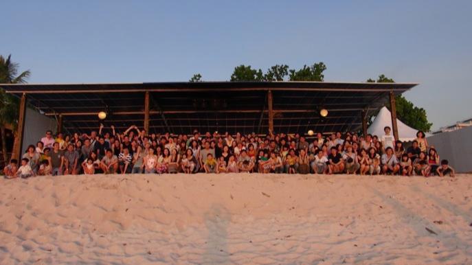 「グアム旅行(仮)」の仮がとれるまで――「人事部感動課」流 1人で400人を巻き込む社員旅行の作り方